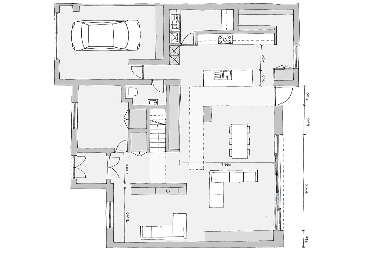 Double storey extension consisting of double height ceilings and extensive glazing as well as a bridge over the master bedroom.