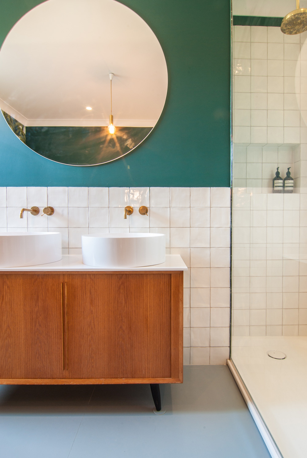 Leytonstone-Renovation-Teal-Bathroom-Bespoke-Vanity-Mirror-Brass-Refurbishment